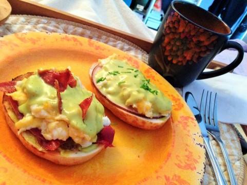 Huevos revueltos a la benedictina