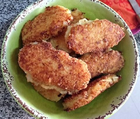 Croquetas de papa rellenas de pollo